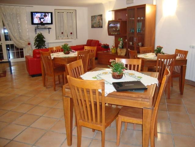 casa-di-riposo-viterbo-villa-bea-faleria-salotto-4