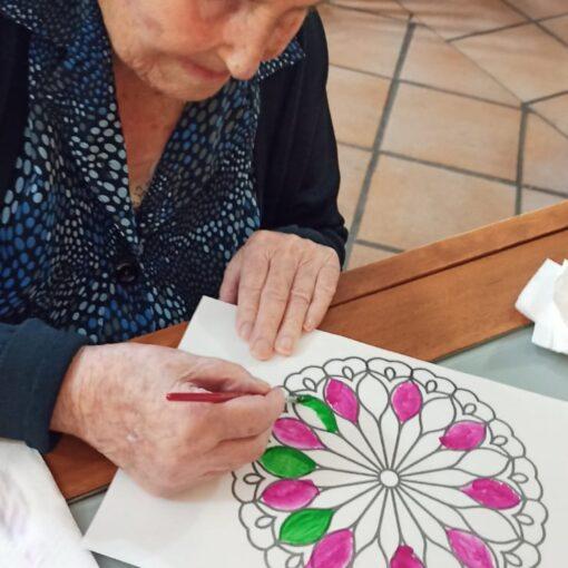 Il Mandala per la stimolazione cognitiva degli anziani